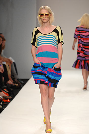 Spring Summer 08 - Catwalk 1